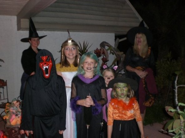Trickortreaters2